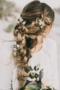Boho vibes 〰 How pretty is this braid by @hairandmakeupbysteph   Photo by: https://www.instagram.com/p/9lcsb6HHsC/?taken-by=hairandmakeupbysteph