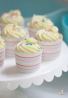 Golden Vanilla Dream Cupcakes #cupcakerecipes Moist, fluffy, golden-delicious, vanilla cupcakes #delicious #recipe #cake #desserts #dessertrecipes #yummy #delicious #food #sweet
