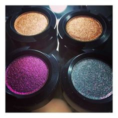 These @maccosmetics Dazzle Shadows  Has anyone tried them? I've heard Makeup Geek Foiled Eyeshadows are way better, formula and cost wise. #maccosmetics #mua #makeup #beautyblogger #makeupartist