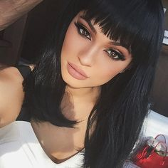 Kylie Jenner's New Bangs and More Updates in Fake Celebrity Hair http://stylenews.peoplestylewatch.com/2015/08/17/kylie-jenner-fake-bangs-wigs-celebrities-with-wigs/
