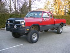 (Bumper, Wheels and Tires) Show your lifted 1st gen. trucks. - Page 2 - Dodge Cummins Diesel Forum