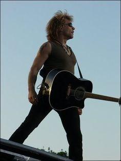 Jon Bon Jovi photo: Jon Bon Jovi JonBonJovi65.jpg