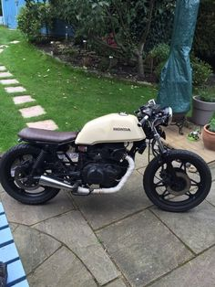 Honda CB450 Cafe Racer Brat Style Custom | in Pudsey, West Yorkshire | Gumtree Cb 450 Cafe Racer, Cx500 Cafe Racer, Cb750 Cafe, Triumph Cafe Racer, Cafe Racer Style, Cafe Racer Bikes, Cafe Racer Build, Cafe Racer Motorcycle, Scrambler