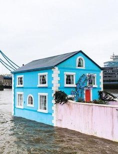 Airbnb is offering the chance to stay in a floating house on the Thames.