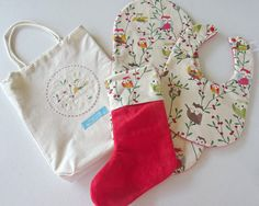 babys first christmas gift set. bib and burp cloth set. unique gift set by on Etsy Mini Christmas Stockings, Christmas Gift Sets, Christmas Ribbon, First Christmas, Baby Gift Sets, Baby Gifts, Burp Cloth Set, Owl Print, Baby Feet