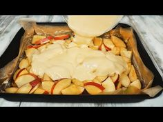 Prosta i smaczna szarlotka w 5 minut - YouTube Apple Desserts, Apple Recipes, Delicious Desserts, Special Recipes, Unique Recipes, Sweet Recipes, Bakery Recipes, Dessert Recipes, Apple Pie Cake