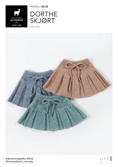 Dagens gratisoppskrift: Dorthe skjørt | Strikkeoppskrift.com. 1-8 år Knitting For Kids, Baby Knitting Patterns, Crochet For Kids, Crochet Bebe, Knit Crochet, Baby Barn, Baby Skirt, Cute Baby Clothes, Knit Dress