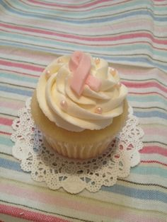 Breast Cancer Awareness Cupcake By LoveonCloudCupcake on CakeCentral.com