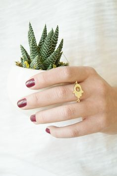 DIY: Hamsa Chain Ring