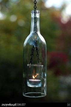 lampion z butelki. należny okręcić sznurkiem nasączonym np. rozpuszczalnikiem i podpalić a po chwili zanurzyć w zimnej wodzie i tam gdzie był sznurek to pęknie.