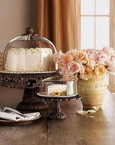 GG Collection Cake Dome & Pedestal and Cheese/Dessert Dome & Pedestal Cake Dome, Cheese Dessert, Cheese Dome, Cocinas Kitchen, Cake Platter, Mothers Day Cake, Pedestal Cake Stand, Tuscan Decorating, Interior Decorating