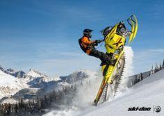 2015 Ski-Doo Summit 174 - http://www.reflexsnowmobiling.com/snowmobiling-blog/entry/the-new-2015-ski-doo-snowmobiles