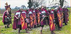 Legionari di Cesare in cammino sulla via Emilia: tappa al Museo del Compito tra mostre e teatro