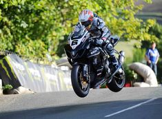 Isle of Man TT – Real Roads for Real Men