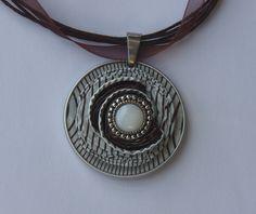 Colliers - Kettenanhänger aus Nespresso-Kapseln m.Organzaband - ein Designerstück von schmuckkreation-petra bei DaWanda