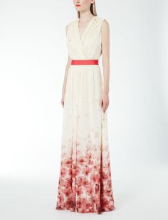 Max Mara FALESIA powder: Silk georgette dress.