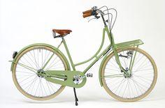bicicletas vintage vía @YWCmagazine