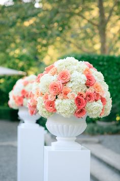 Photography: Yvonne Wong Photography - www.yvonne-wong.com Event Planning: Alicia K. Designs - www.aliciakdesigns.com  Read More: http://www.stylemepretty.com/california-weddings/napa-valley/2011/03/28/napa-valley-wedding-at-beaulieu-garden/