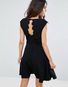 http://www.asos.fr/louche/louche-elaine-robe-avec-details-festonnes-au-dos/prd/8210244?iid=8210244