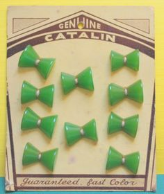 10 Vintage Buttons Green Bow Tie Shape