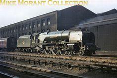 46234 Duchess of Abercorn, Camden, September Diesel Locomotive, Steam Locomotive, Train Car, Train Tracks, Steam Trains Uk, Euston Station, Steam Railway, British Rail, Train Engines