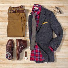 Tweed + flannel = winter go-to. #grabergrid Chinos: @bonobos Belt: @rancourtco Brown CXL Boots: Alden Indy Brown CXL Socks: @chupsocks x @smartwool Watch: @danielwellington Blazer: @jcrew x @harristweedauthority Flannel: @jcrew x @thomasmason_official Tie: @jcrew Pocket Square: @kirikomade Shades: @colehaan Outfit by matthewgraber