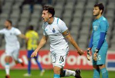 """FC Porto resolveu cedo um problema chamado União - PÚBLICO  """"Dragões"""" ganharam na Madeira, por 4-0, e estão agora a dois pontos da liderança do campeonato."""