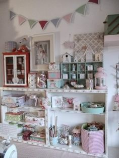 De Costura On Pinterest Sewing Rooms Craft Rooms And Sewing Spaces