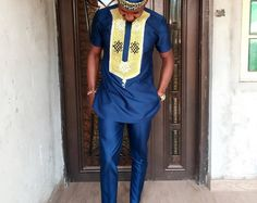 African men's clothing / African fashion/ wedding suit/dashiki / African men's shirt/ vêtement african/ chemise et pantalon/ top and bottom Nigerian Men Fashion, African Men Fashion, African Fashion Dresses, Ankara Fashion, Africa Fashion, African Women, African Attire, African Wear, African Dress