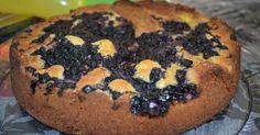 Kake med blåbær og vaniljekrem           Vi har alltid noen bær i fryseren,- blåbær, jordbær, rips, solbær, bringebær etc. Og som oftest ha...