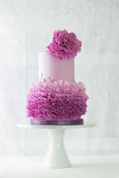 Frill cake by Lina Veber