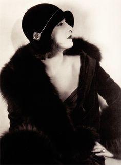 Art Deco Fashion... Greta Garbo 1920's