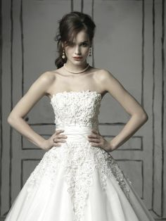 justin alexander wedding dress lace flowers