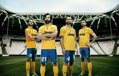 Ecco la seconda maglia della Juventus 2013-2014