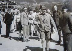 Reichsführer-SS Heinrich Himmler bei einem Richtfest 1936 in Rottach-Egern.