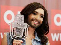Líderes ortodoxos culpam drag queen barbada por enchentes nos Bálcãs