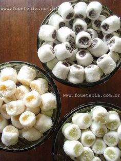 Essa é a minha versão da bala de coco gourmet que anda fazendo tanto sucesso nas mesas de doces por todo o Brasil! Cheguei a este resultado após algumas tentativas, afinal nunca encontrei esta rece…