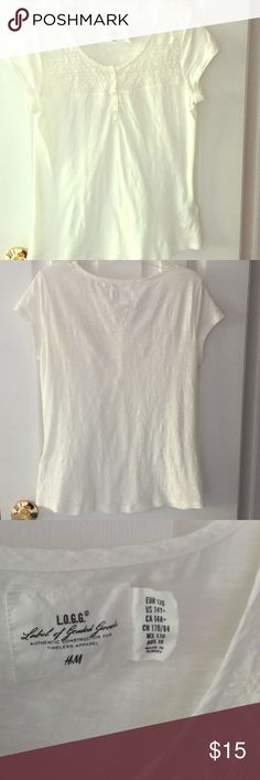 H&M Crochet Yoke White Blouse Instead of wearing a plain white short-sleeve Blouse, buy this crochet button Blouse for the spring/summer season, it can be worn for any occasion for your child, the material is a little bit on the sheer side H & M Shirts & Tops Blouses