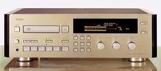TEAC R-10 - www.remix-numerisation.fr - Rendez vos souvenirs durables ! - Sauvegarde - Transfert - Copie - Digitalisation - Restauration de bande magnétique Audio - MiniDisc - Cassette Audio et Cassette VHS - VHSC - SVHSC - Video8 - Hi8 - Digital8 - MiniDv - Laserdisc - Bobine fil d'acier - Micro-cassette - Digitalisation audio - Elcaset