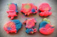 PRE ORDER ONLY.  READY TO SHIP JANUARY 18TH. Fun mini soaps for the kids! Lavender Barn Yard Animal mini soaps.  You get all 6 soaps.  They are 1.5 to 2 oz each.  About 2 inches tall and wide.  Handmade Soap made with coconut oil, olive oil, palm oil, water, aloe oil, lye, mineral mica powder (...