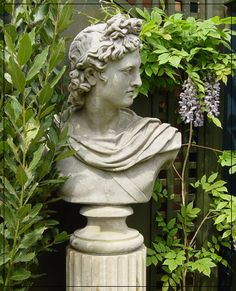 Close but still too much. Why is it so hard to find the perfect crumbling not too big not too Greek not too modern not too zen not too uppity ga Stone Garden Statues, Garden Fountains, Sculpture Art, Garden Sculpture, Roman Garden, Greek Garden, Painting On Glass Windows, Marble Bust, Greek Statues