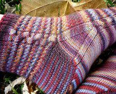 Ravelry: Chimaera pattern by Dena Stelly Knitting Blogs, Knitting Socks, Knitting Patterns Free, Free Knitting, Stitch Patterns, Crochet Patterns, Knit Socks, Free Pattern, Linen Stitch