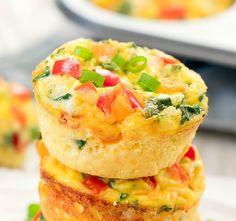 These baked omelet muffins are an easy and portable breakfast. They are loaded with your favorite omelet fillings and made into bite-sized muffin form. Muffin Recipes, Brunch Recipes, Diet Recipes, Breakfast Recipes, Cooking Recipes, Healthy Recipes, Eat Healthy, Seafood Recipes, Cooking Tips