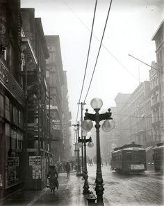 Running in the rain, St Louis, Missouri, 1910