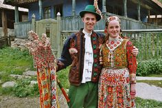 Inaktelke May 2004 Ethnic Fashion, Mens Fashion, Costumes Around The World, Folk Clothing, Hungarian Embroidery, Folk Dance, Folk Costume, World Cultures, Traditional Dresses