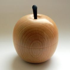 Apple shaped jewellery - ring box