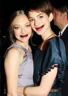 Anne Hathaway and Amanda Seyfried. | 22 Celebrities Without Teeth