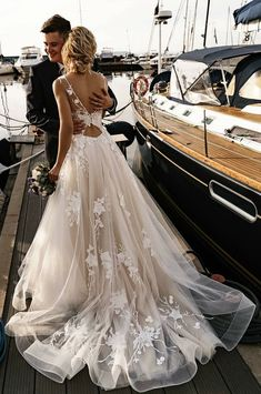 Wonderful Perfect Wedding Dress For The Bride Ideas. Ineffable Perfect Wedding Dress For The Bride Ideas. Wedding Dress Trends, Dream Wedding Dresses, Bridal Dresses, Backless Wedding Dresses, Beach Wedding Gowns, Floral Wedding Dresses, Wedding Dress Tulle, Wedding Dress Styles, Rustic Wedding Dresses
