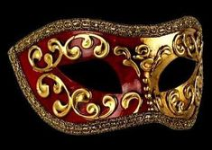This mask has been handmade in the genuineVenetian tradition using a antique papier-mache former and the highest quality materials by the best mask makers in Venice....Certified authenticity.