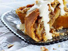 Omenastruudeli Something Sweet, Yummy Cakes, Apple Pie, Lasagna, Nom Nom, Baking, Ethnic Recipes, Desserts, Food